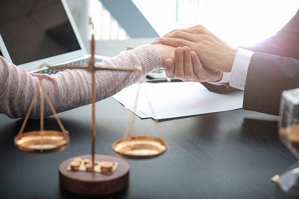 aide-juridique-admissibilite-criteres-avocats-longueuil