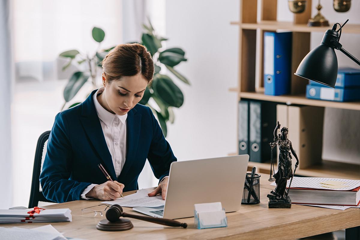 avantages-engager-avocat-regler-litiges-terrebonne