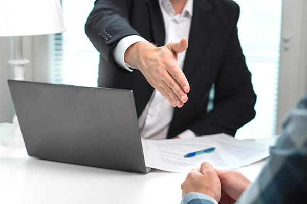 engager-comparer-trouver-avocat-conseils-services-juridiques-drummondville