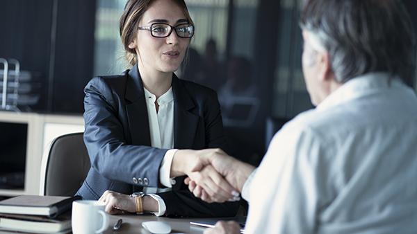 questions-avocat-deroulement-premiere-rencontre-conseils-levis