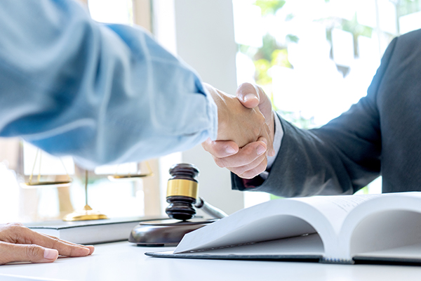 questions-importantes-formation-experience-avocat-prix-terrebonne