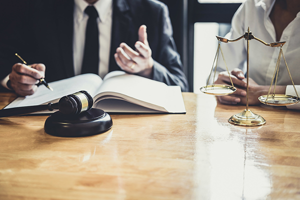 services-avocat-brossard-representation-negociation-mediation-conseils
