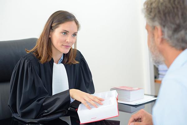 motifs-resiliation-bail-quebec-proprietaire-violation-droits