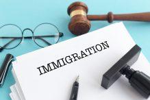 Comparer les meilleurs avocats en immigration au Québec