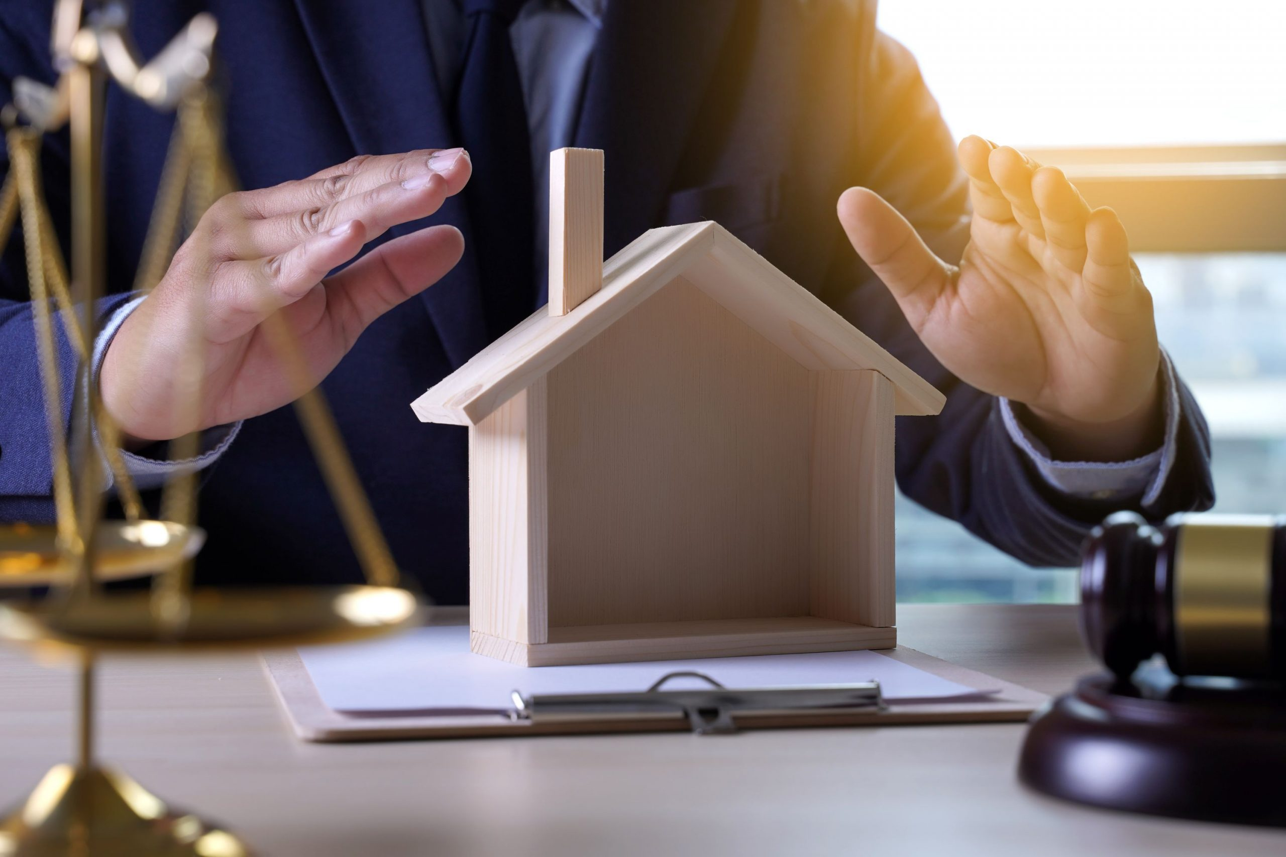 avocat assurance indemnite recours