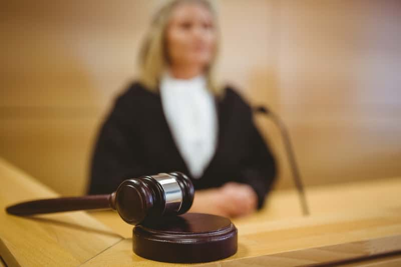 comparution juge accusation criminelle